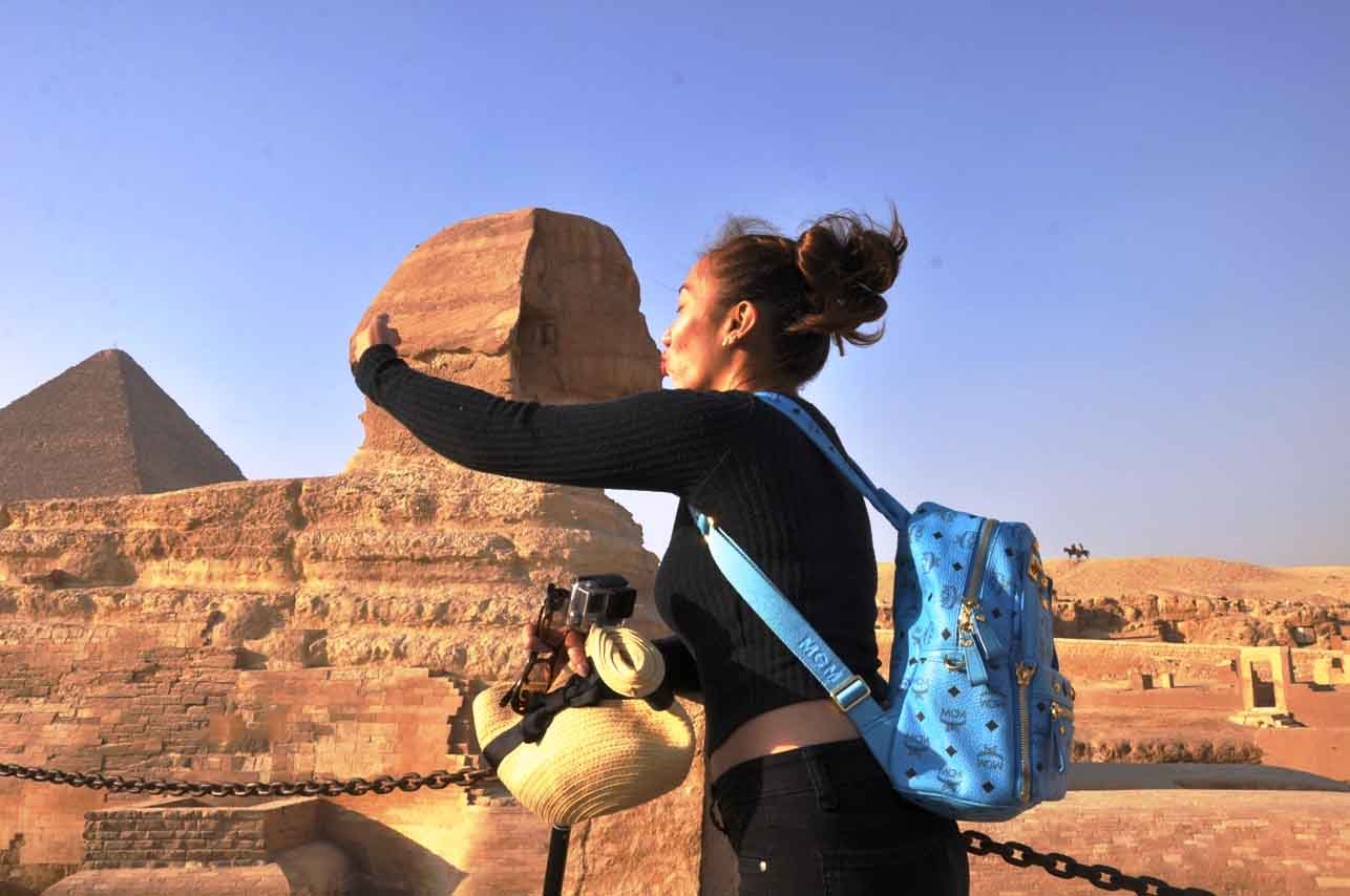 Kiss the sphinx - Cairo tour