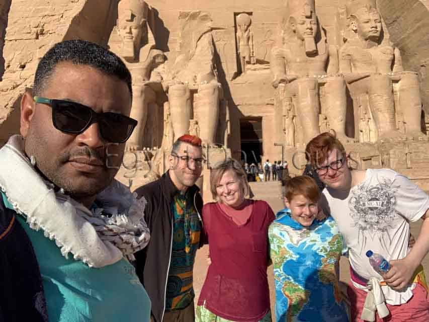 Abu simbel day tour excursion
