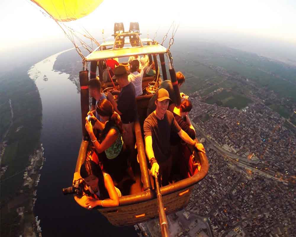 selfie photo -Hot Air Balloon in Luxor