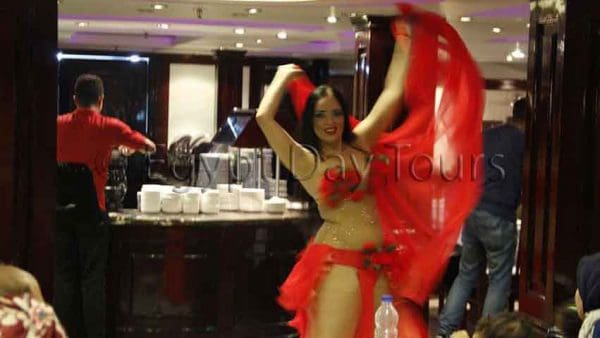 Cairo belly dancing in nile cruise