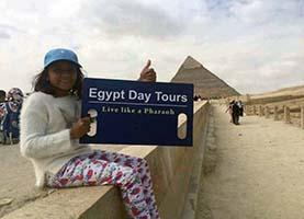 Ausfluge zum Pyramieden von Gizeh und das ägyptische Museum