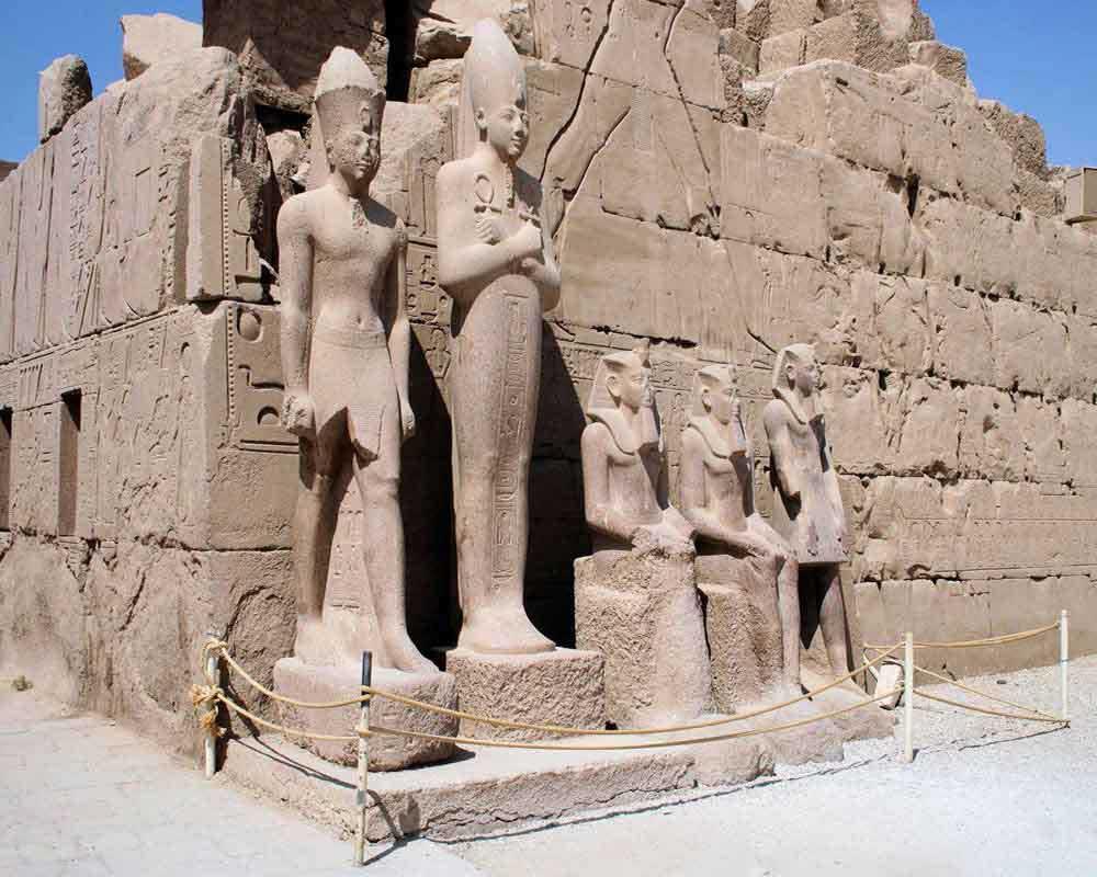 Karnak Temple - statues
