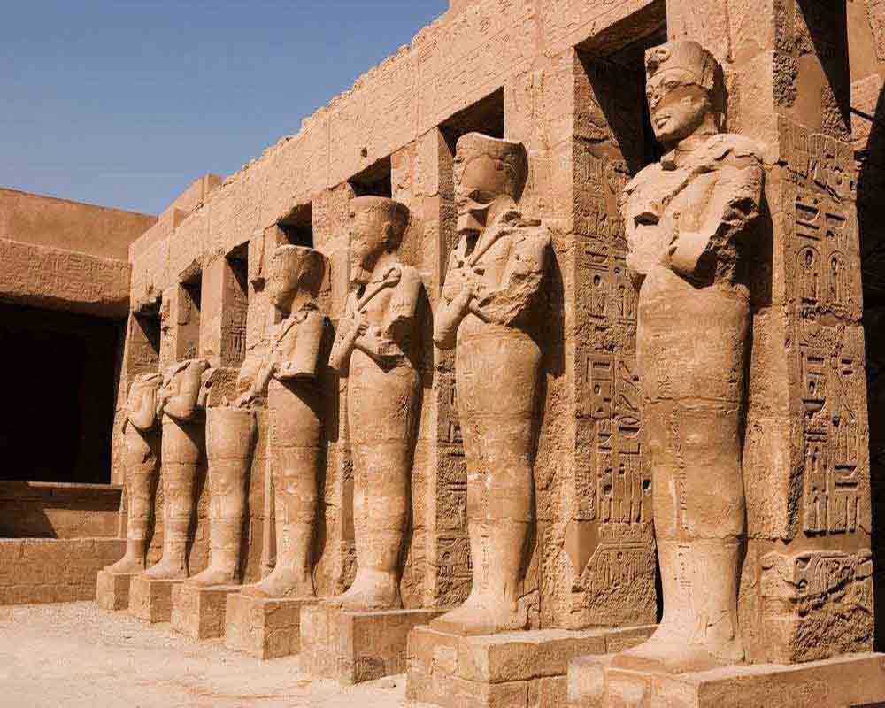 statues at karnak temple