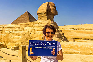 Pyramids Tours & Lunch in Nile Cruise from Alexandria Port