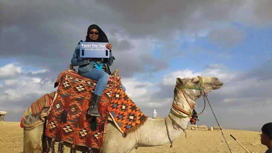 Ride Camel - Pyramids tour